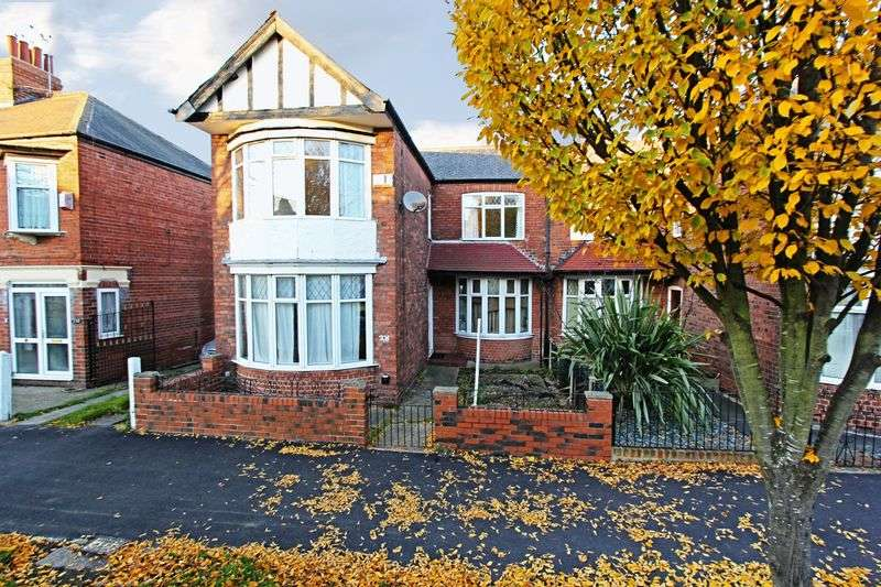 3 Bedrooms Semi Detached House for sale in Goddard Avenue, Hull