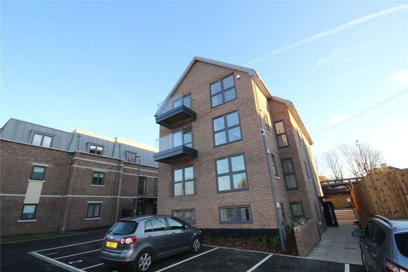2 Bedrooms Flat for sale in Windmill Place, Windmill Street, Bushey, Hertfordshire, WD23
