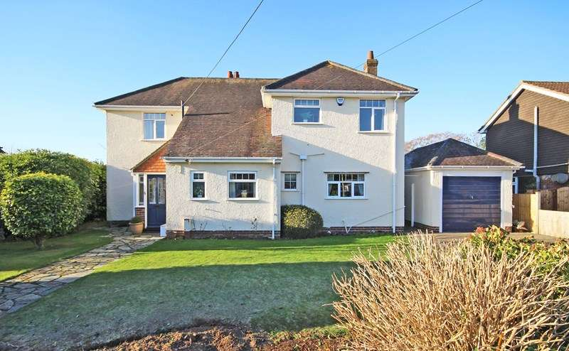 4 Bedrooms Detached House for sale in Hale Avenue, New Milton