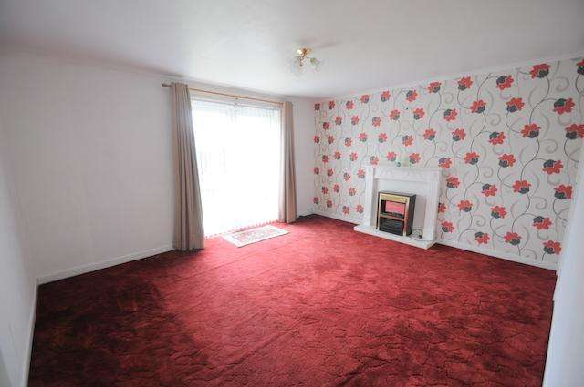 2 Bedrooms End Of Terrace House for sale in Saxby Road, Hull, HU8 9DD