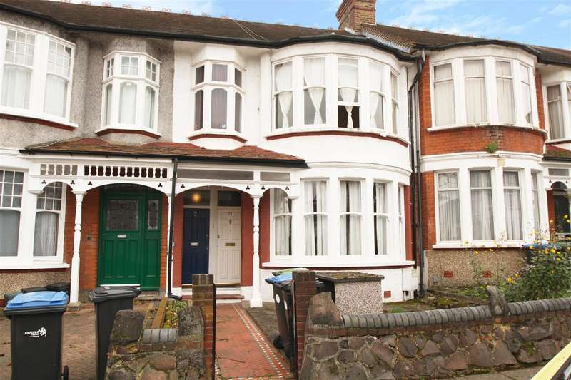 1 Bedroom Property for sale in The Rise, Palmers Green, London N13