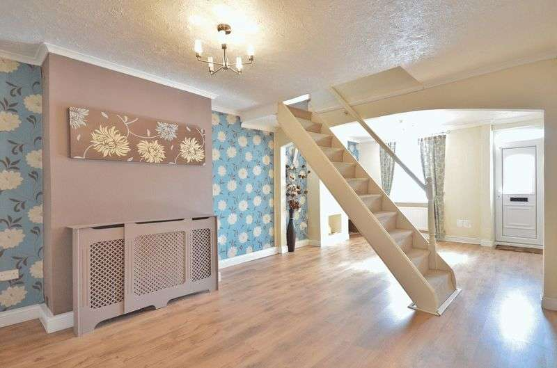 2 Bedrooms Terraced House for sale in Birks Road, Cleator Moor