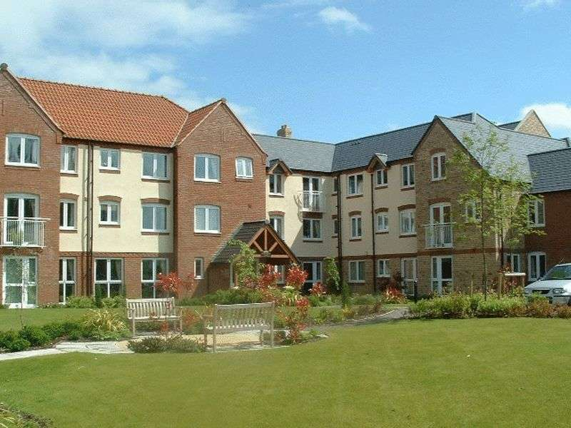 2 Bedrooms Retirement Property for sale in Wade Wright Court, Downham Market, PE38 9HY