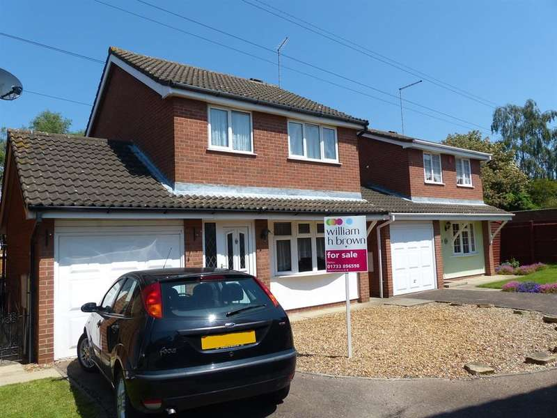 3 Bedrooms Detached House for sale in Flamborough Close, Woodston, Peterborough, PE2