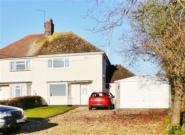 3 Bedrooms Semi Detached House for sale in The Lodges, Main Street, Carlton Scroop, Grantham