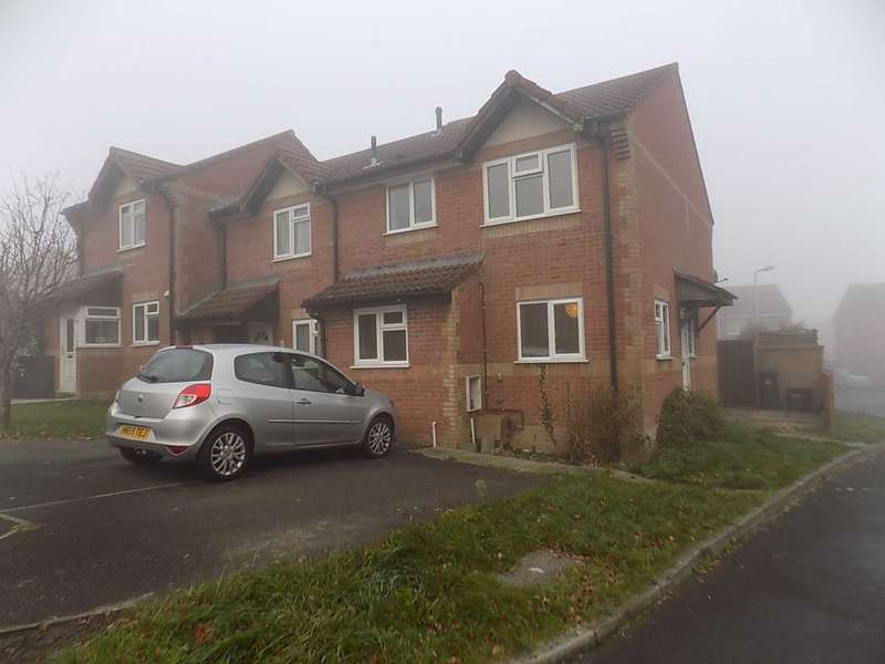 3 Bedrooms Semi Detached House for sale in 6 Phelps Close, Chard, TA20 1EF