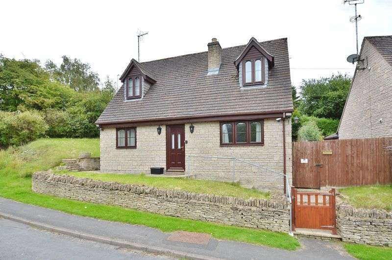 3 Bedrooms Detached House for sale in Farmington Road, Northleach, Gloucestershire.