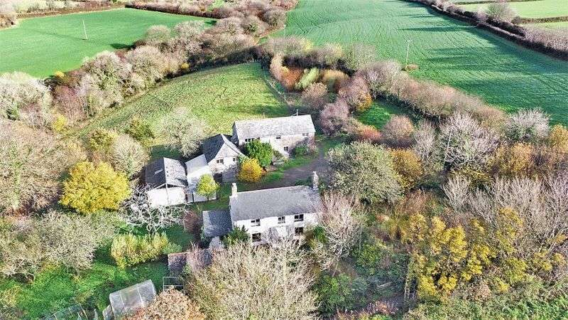 6 Bedrooms Detached House for sale in Welcombe, Bideford
