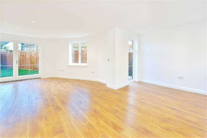 2 Bedrooms Property for sale in Coliston Passage, Southfields, London