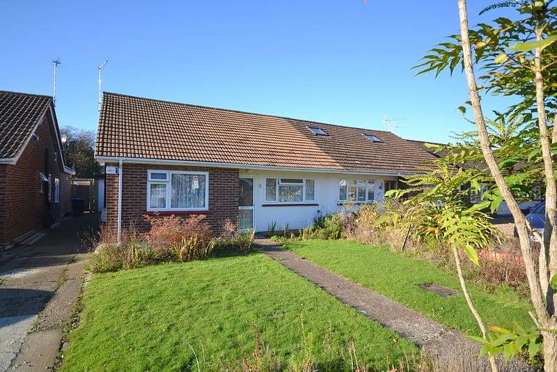 3 Bedrooms Semi Detached Bungalow for sale in Ottershaw
