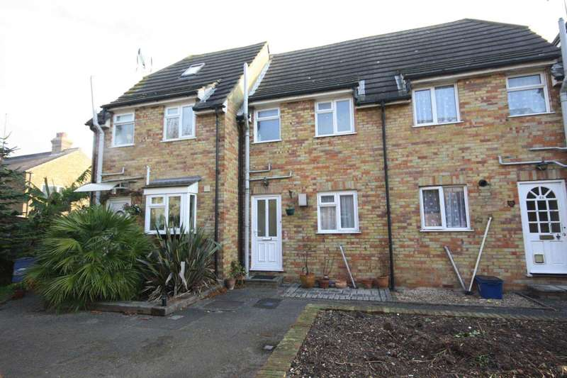 2 Bedrooms Terraced House for sale in Camper Mews, Southchurch
