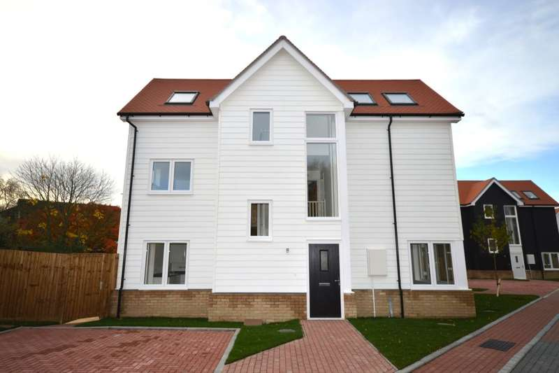 4 Bedrooms Semi Detached House for sale in The Old Goods Yard, Neames Forstal, Faversham, ME13