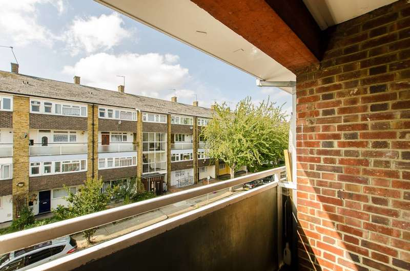 2 Bedrooms Flat for sale in Portelet Road, Stepney, E1