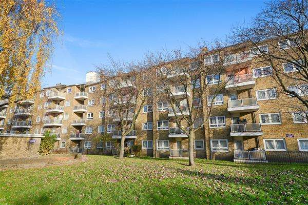 2 Bedrooms Apartment Flat for sale in Rochfort House, Grove Street, Deptford