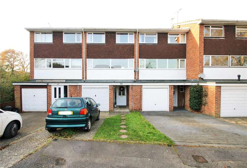 4 Bedrooms Town House for sale in Shefford Crescent, Wokingham, Berkshire, RG40