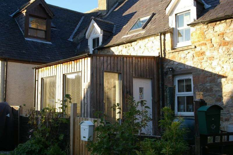 2 Bedrooms Cottage House for sale in Holly Cottage, Invergordon, Ross-Shire