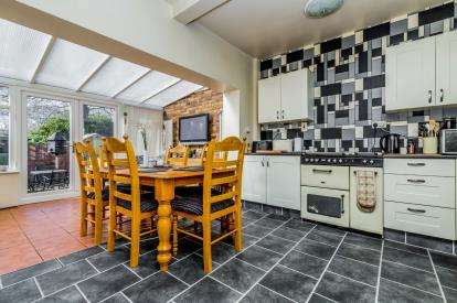 3 Bedrooms Semi Detached House for sale in Herd Street, Stoke-on-Trent, Staffordshire