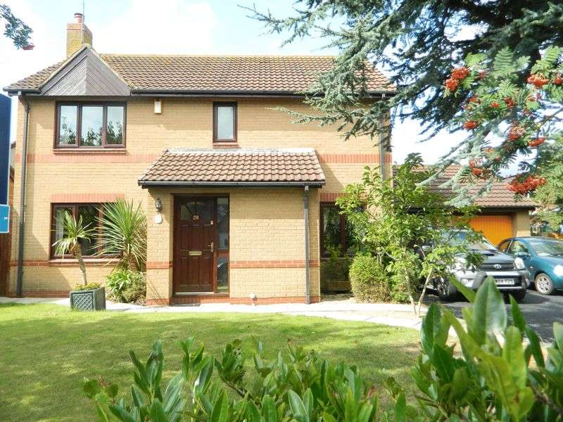 4 Bedrooms Detached House for sale in Bodelwyddan Avenue, Kinmel Bay
