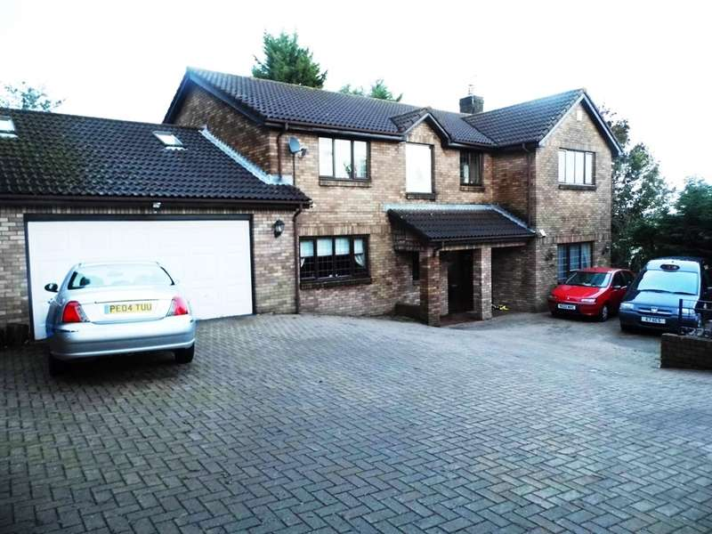 4 Bedrooms Detached House for sale in St Dials Road, Cwmbran
