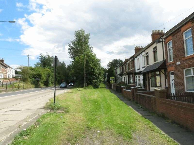 3 Bedrooms Terraced House for sale in Lake View, Station Town TS28 5DQ