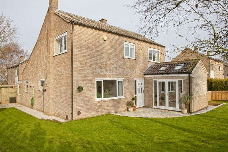 4 Bedrooms Detached House for sale in Berkeley Court, Washingborough