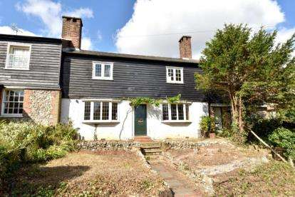 2 Bedrooms Terraced House for sale in Old London Road, Knockholt, Sevenoaks, Kent