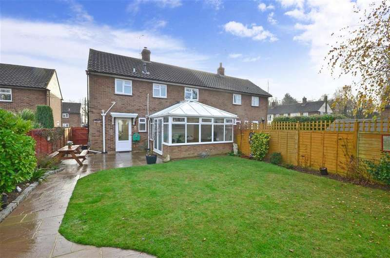 3 Bedrooms Semi Detached House for sale in The Weavers, Biddenden, Ashford, Kent