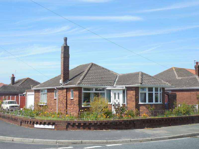 3 Bedrooms Detached Bungalow for sale in Alexandra Road, Thornton Cleveleys, Lancashire, FY5 5DA