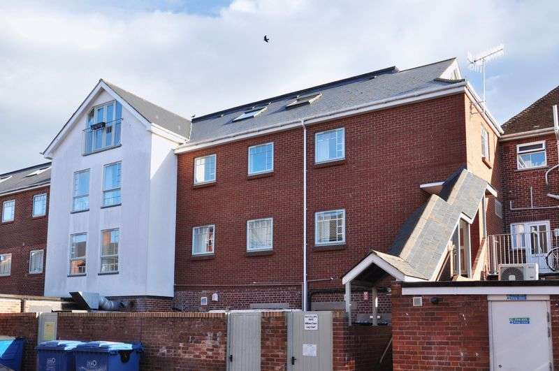 2 Bedrooms Flat for sale in St. James, Exeter - Five Sold - Five Remaining
