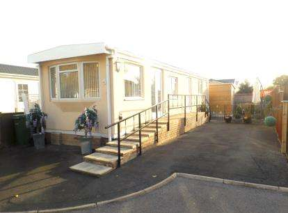 Mobile Home for sale in Shamblehurst Lane South, Hedge End, Southampton