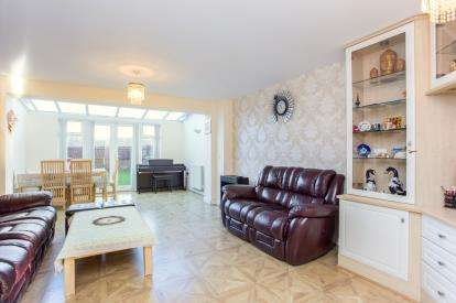 4 Bedrooms Terraced House for sale in Whippendell Road, Watford, Hertfordshire