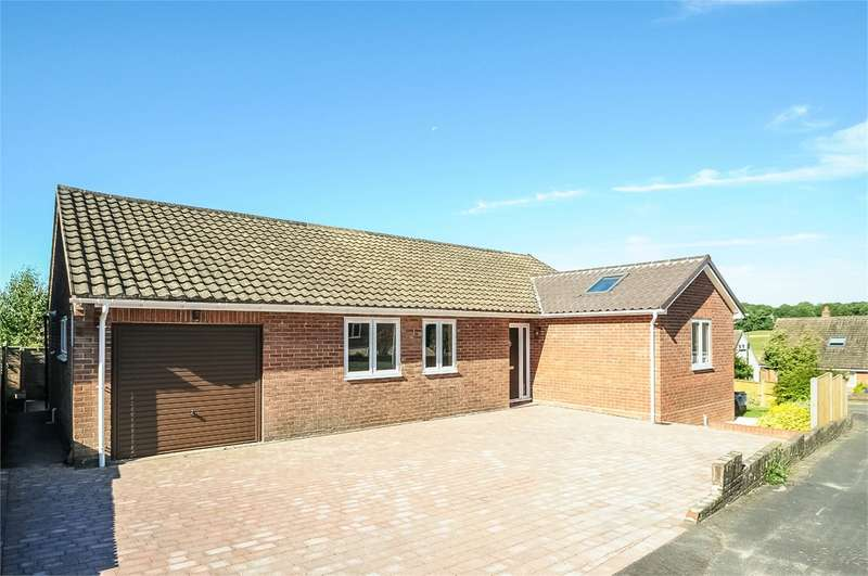 3 Bedrooms Detached Bungalow for sale in Sunnydown Road, Oliver's Battery, Winchester, SO22