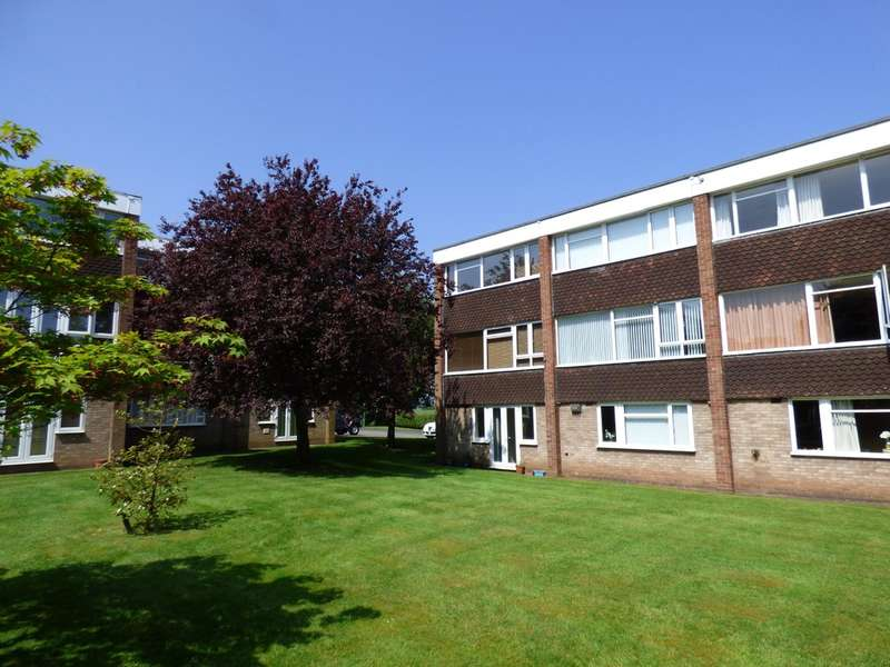 3 Bedrooms Town House for sale in Vernon Close, Leamington Spa