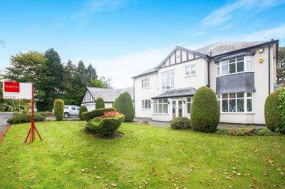 House for sale in Anglesey Drive, Poynton, Stockport, Cheshire
