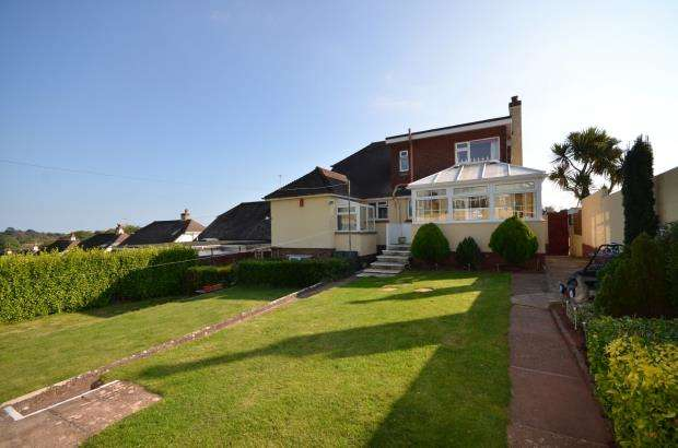 5 Bedrooms Detached House for sale in Totnes Road, Collaton St Mary, Paignton, Devon