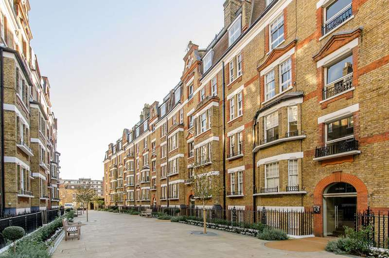 1 Bedroom Flat for sale in Walton Street, Chelsea, SW3