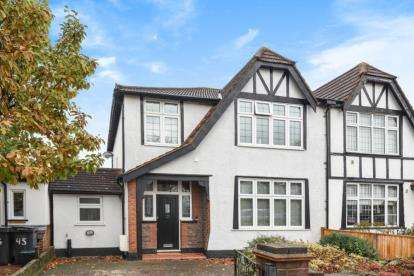 3 Bedrooms Semi Detached House for sale in St. James's Avenue, Beckenham