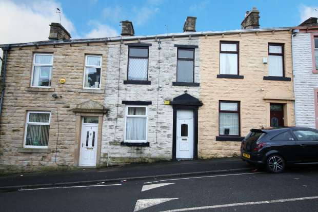 3 Bedrooms Terraced House for sale in Carter Street, Accrington, Lancashire, BB5 0PY