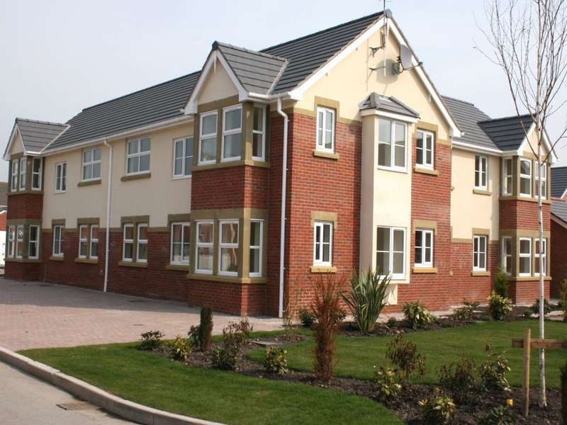 2 Bedrooms Ground Flat for sale in The Retreat, Merton Terrace, Lytham Quays, Lytham, FY8