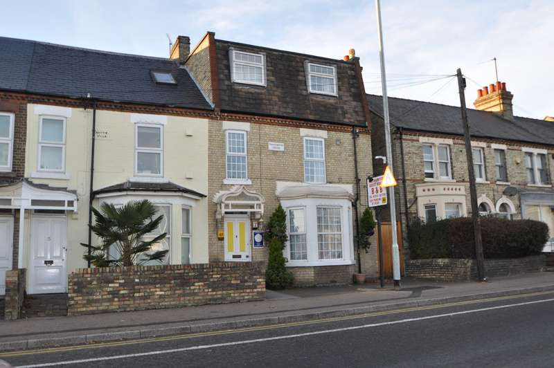 9 Bedrooms Terraced House