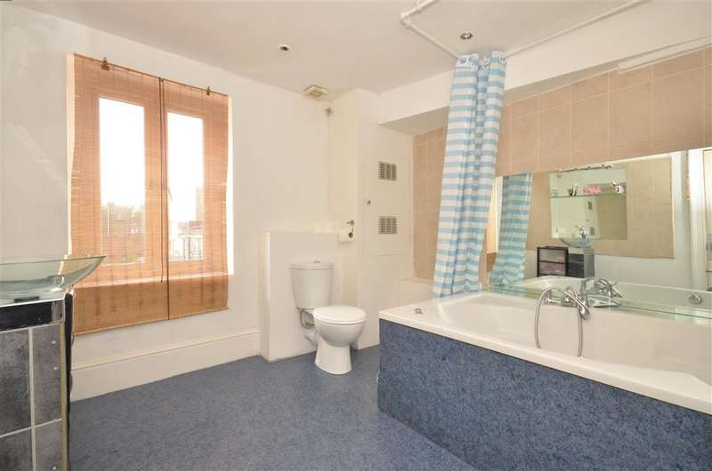 3 Bedrooms Maisonette Flat for sale in St. James's Street, Kemp Town, Brighton, East Sussex