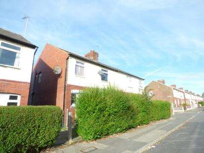 3 Bedrooms Semi Detached House for sale in Henley Street, Chadderton, Oldham, Greater Manchester