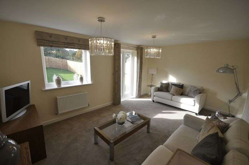 4 Bedrooms Semi Detached House for sale in Oakley Grange, Cheltenham