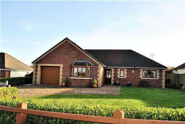 3 Bedrooms Detached Bungalow for sale in 9 Fourth Lane