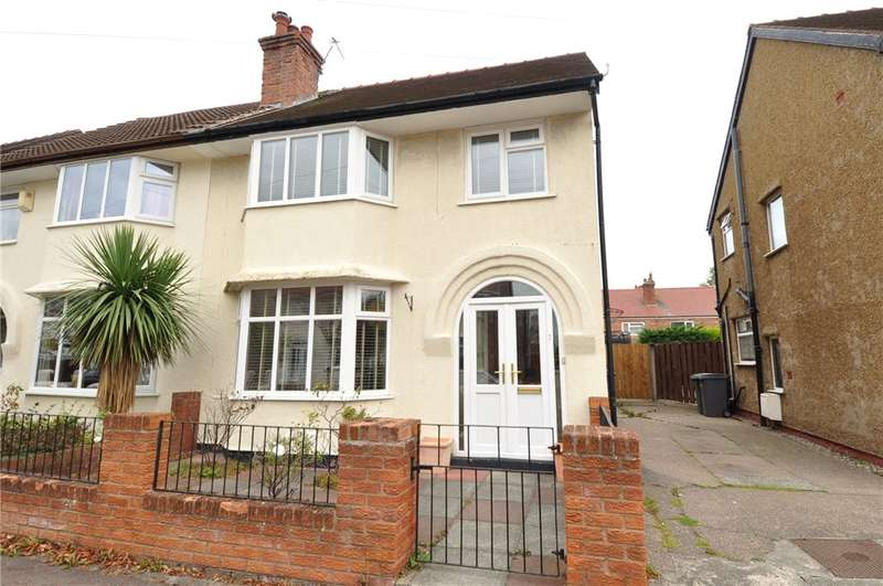 3 Bedrooms Semi Detached House for rent in Cranbourne Avenue, Hoylake, Wirral