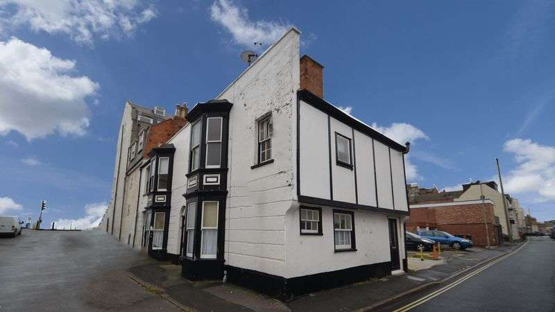 1 Bedroom Flat for sale in Crescent Street, Weymouth
