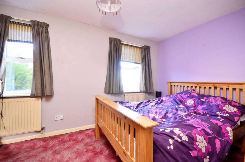 2 Bedrooms House for sale in Damask Crescent, Canning Town, E16