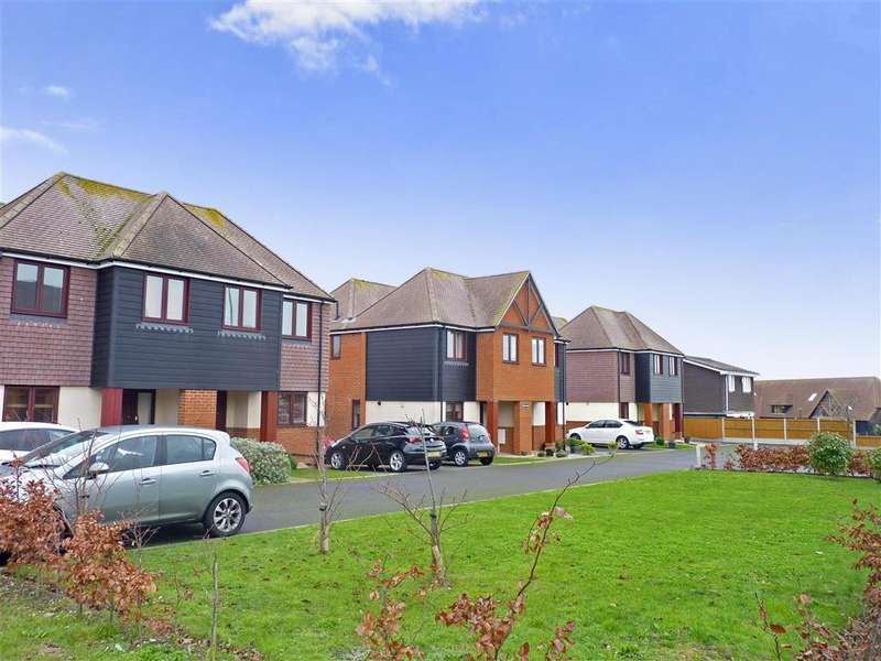 3 Bedrooms Semi Detached House for sale in Minnis Road, Birchington, Kent
