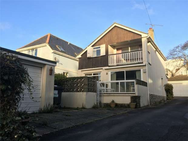 3 Bedrooms Detached House for sale in Shore Road, Sandbanks, Poole, Dorset