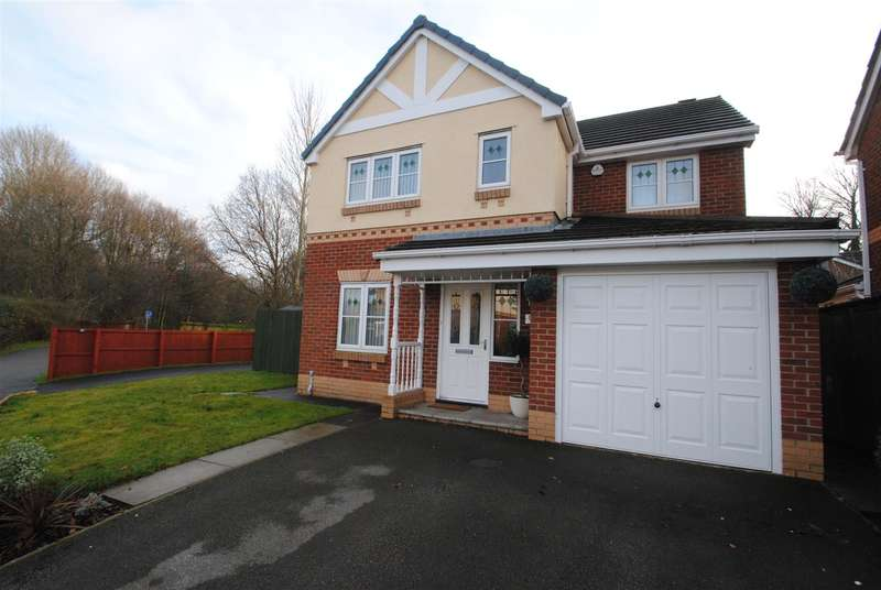 4 Bedrooms Property for sale in Whitchurch Close, Padgate, WARRINGTON, WA1